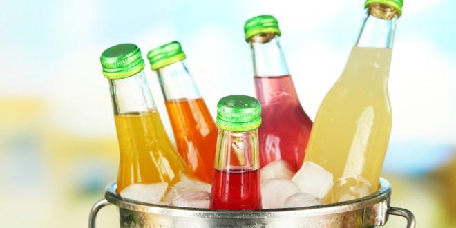 Conheça as bebidas de verão que devem ser evitadas!