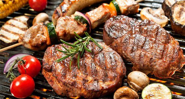 carne bem passada na churrasqueira